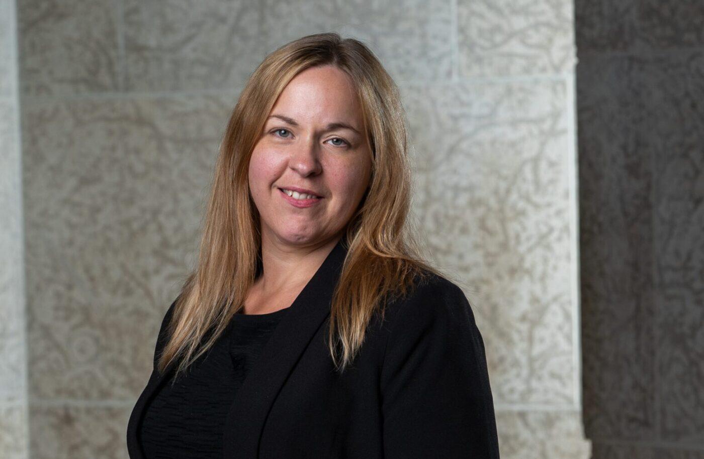 Aline Halischak, Coordonnatrice des programmes et de l'apprentissage au Musée des beaux-arts de Winnipeg
